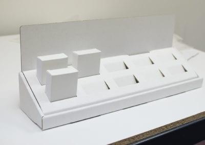 Plain Counter Display